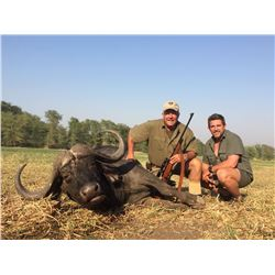 Mozambique Cape Buffalo Hunt for 1 Hunter- $14,700 / Exhibitor
