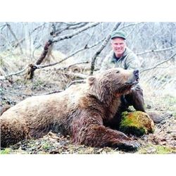 Alaska Grizzly Bear for 2 Hunters - $30,000 / Exhibitor