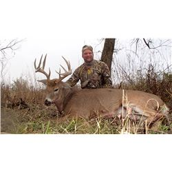Kansas: 5 Day 6 Night Trophy Whitetail Hunt for One Hunter