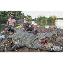 South Africa: 5 Day Limpopo Province Crocodile Safari for 2 / Includes 1 Crocodile