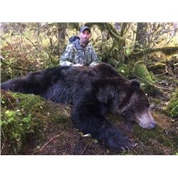 COASTAL BROWN BEAR, ALASKA GUIDE SERVICE - YAKUTAT – ALASKA