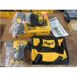 """DEWALT COMPACT DRILL/DRIVER KIT 20V 1/2"""" INCLUDES BATTERY, CHARGER AND BAG"""