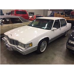 1991 CADILLAC FLEETWOOD SEDAN BEST CADDY IN CANADA EXCLUSIVELY FROM THE REDFERN COLLECTION