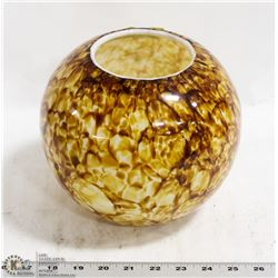 ROUND WHITE CASCADED ART GLASS VASE