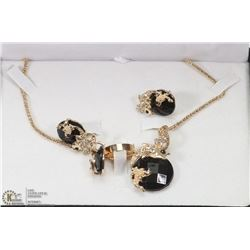 FASHION JEWELRY SET FISH DESIGN INCL EARRINGS,