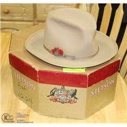 1940S COWBOY HAT WITH BOX.