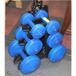 SET OF WEIGHTS WITH STAND - 2 10LB, 2-5LB & 2-2.5L