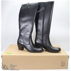 NEW GENUINE 1976 GENUINE LEATHER BOOTS SIZE 7