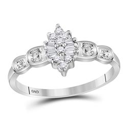 0.11 CTW Prong-set Diamond Oval Cluster Ring 10KT White Gold - REF-10K5W