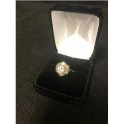 18k .750 YELLOW GOLD DIAMOND RING