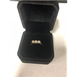 18K .750 YELLOW GOLD PAST PRESENT AND FUTURE DIAMOND RING