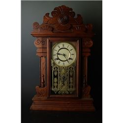A Wood Desk Clock Made in Korea,Working Condition Unknown. Condition as is, shown in photos.