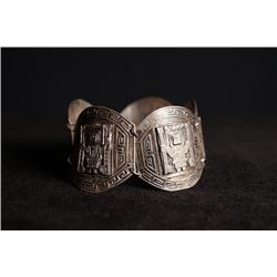 "Industria Peruana silver chain bracelet with ""indigenous peoples"" pattern. Condition as is, shown in"