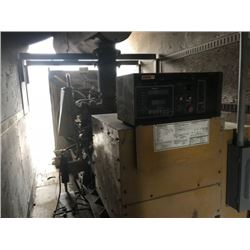 CAT 3412 GEN SET, VIN/SN:2WJO1777 - TRAILER MOUNTED, 635KW POWER, CIRCUIT BREAKER, 1200 AMP, CHARGIN