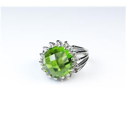 18CAI-19 PERIDOT & DIAMOND RING