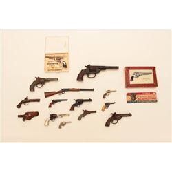 18KO-37A LOT 1900-1950'S TOY GUNS