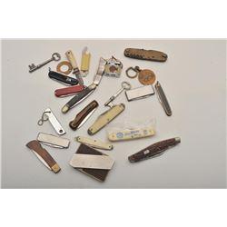 18GR-33 KNIFE LOT