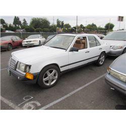 1989 Mercedes-Benz 260E