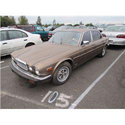 1987 Jaguar Vanden Plas