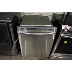 STAINLESS STEEL SAMSUNG BUILT IN DISHWASHER