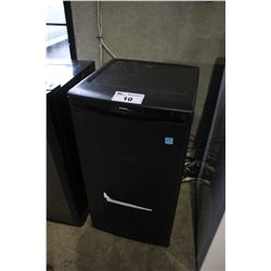 BLACK DANBY DESIGNER MINI FRIDGE