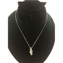 14 KT WHITE GOLD NECKLACE WITH 14KT GOLD DIAMOND PENDANT