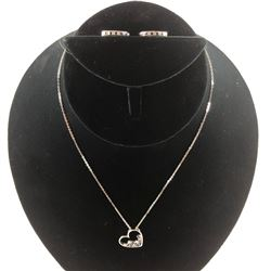 18 KT WHITE GOLD NECKLACE WITH DIAMOND PENDANT & 14 KT WHITE GOLD DIAMOND EARRINGS