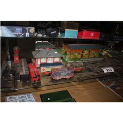 LARGE LOT OF VINTAGE METAL TRAINS, TRACKS AND MORE