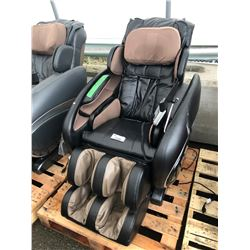 BLACK OSAKI OS-4000 ZERO GRAVITY FULL BODY MASSAGE CHAIR - AS-IS/NEEDS REPAIR