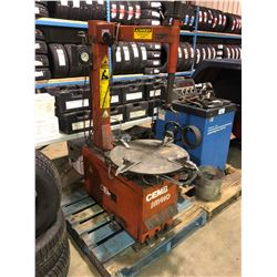 CEMB SM910 UPRIGHT INDUSTRIAL TIRE CHANGING MACHINE