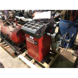 CEMB K8 INDUSTRIAL TIRE BALANCER , WITH WEIGHTS