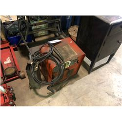 LINCOLN ELECTRIC LINCWELDER AC-225-S STICK WELDER WITH RODS