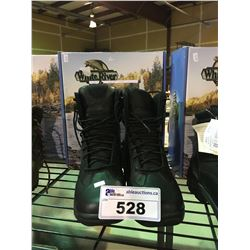 PAIR OF HIP WADERS AND OUTDOOR BOOTS