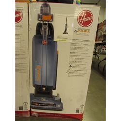 HOOVER WINDTUNNEL PAWS BAGGED UPRIGHT VAC