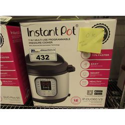 INSTANT POT 7-IN-1 MULTI USE 6 QUART PROGRAMMABLE PRESSURE COOKER (MISSING PRESSURE RELEASE BUTTON)