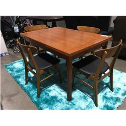 MID CENTURY DANISH MODERN TEAK DINING TABLE WITH PULL OUT LEAVES & 4 CHAIRS
