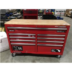 HUSKY ROLLING TOOL CABINET & CONTENTS ( KEY IN OFFICE) (2 SMALL DENTS PRESENT)