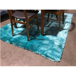 CONTEMPORARY TURQUOISE SHAG AREA RUG APPROX 5'X8'