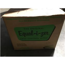 EQUAL-I-ZER 4 POINT SWAY CONTROL HITCH (SWAY BARS MISSING)