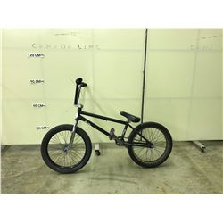 BLACK NO-NAME SINGLE SPEED BMX BIKE