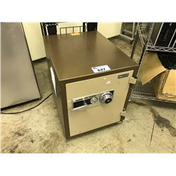 ADESCO COMBINATION/KEY SAFE, WITH COMBO