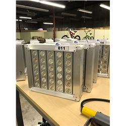 25 BULB 300 WATT LED FIXTURE, 5000K, 120V POWER
