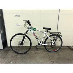 WHITE SCHWINN 18 SPEED FRONT SUSPENSION HYBRID ROAD BIKE WITH FRONT DISK BRAKE