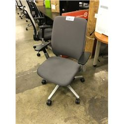 STEELCASE AMIA  MID BACK FULLY ADJUSTABLE TASK CHAIR