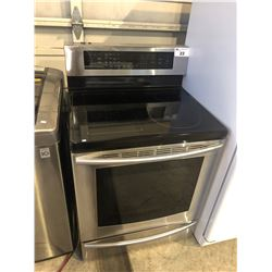STAINLESS STEEL SAMSUNG STOVE/OVEN