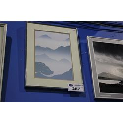 FRAMED PRINT - MOUNTAINS IN THE MIST