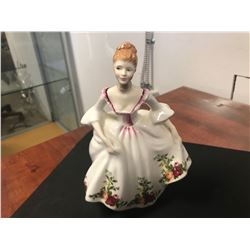 ROYAL DOULTON FIGURINE (COUNTRY ROSE HN 3221 / 1988 ISSUE)