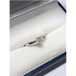 10KT WHITE GOLD DIAMOND (0.25CT) RING