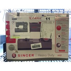 SINGER HEAVY DUTY SEWING MACHINE MODEL 4452