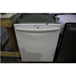 WHITE INSIGNIA NS-DWH1WH9 BUILT-IN DISHWASHER